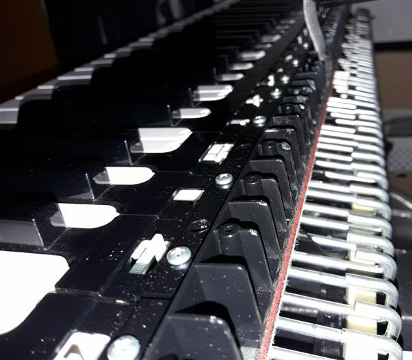 Yamaha DGX-630 Disassembly and Repair Pictures   keyboardservis cz